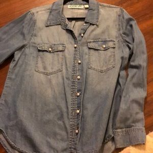 Chambray Split-back Blouse with Pearl Buttons